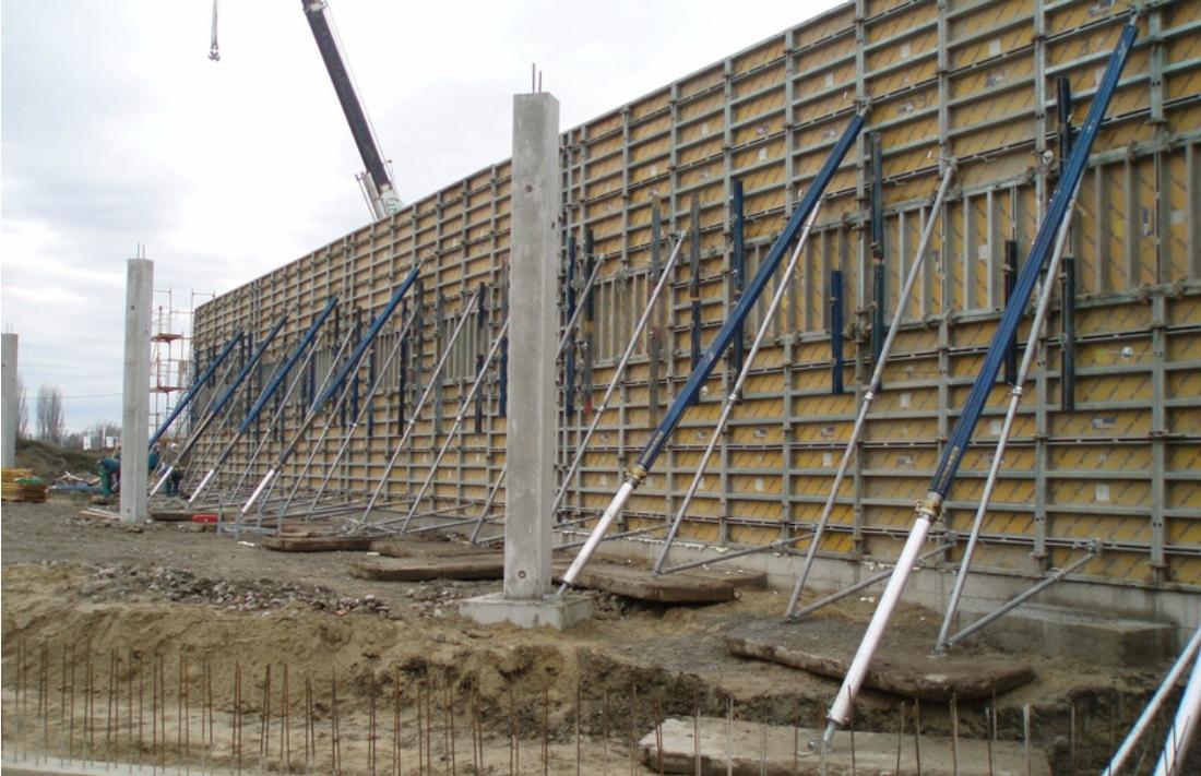 Dunacenter Bevásárlóközpont szerkezetépítése, Győr